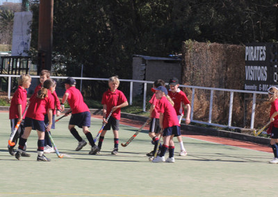 Junior-Hockey-Game-vs-parents-3