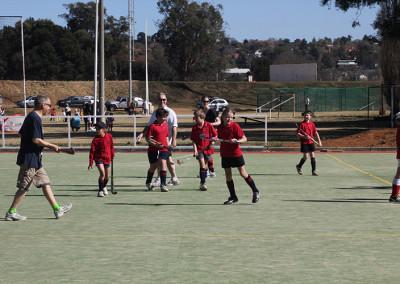 Junior-Hockey-Game-vs-parents-4